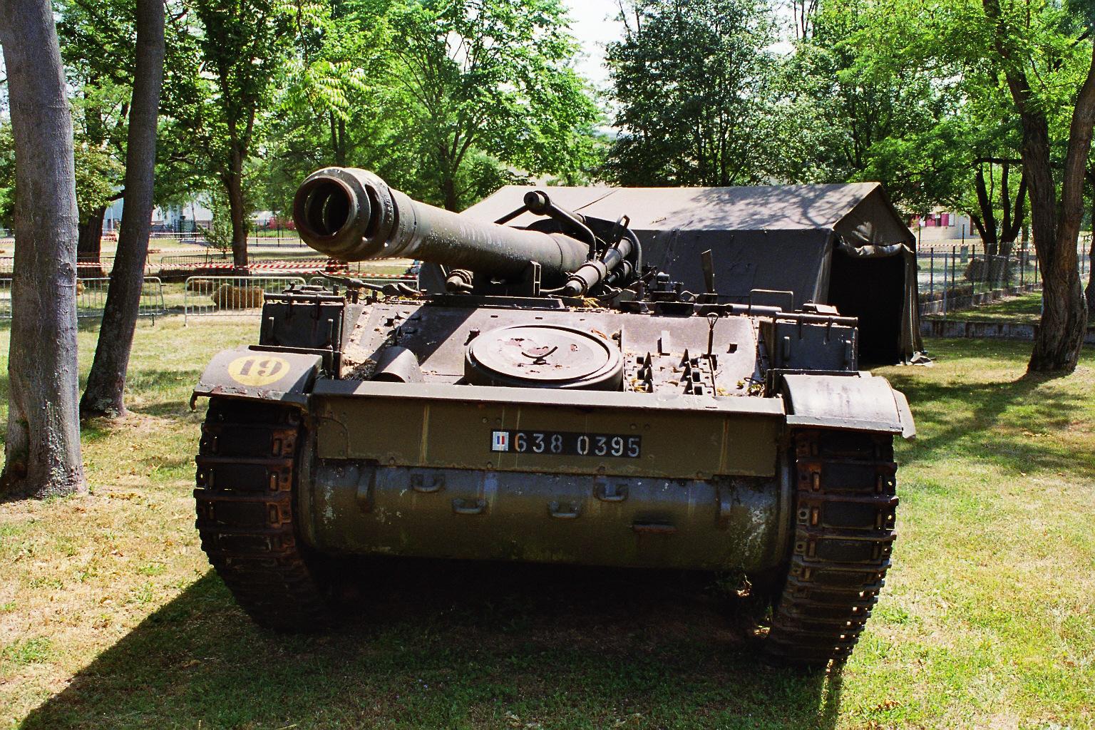 AMX 13 155mm Photos Page 1