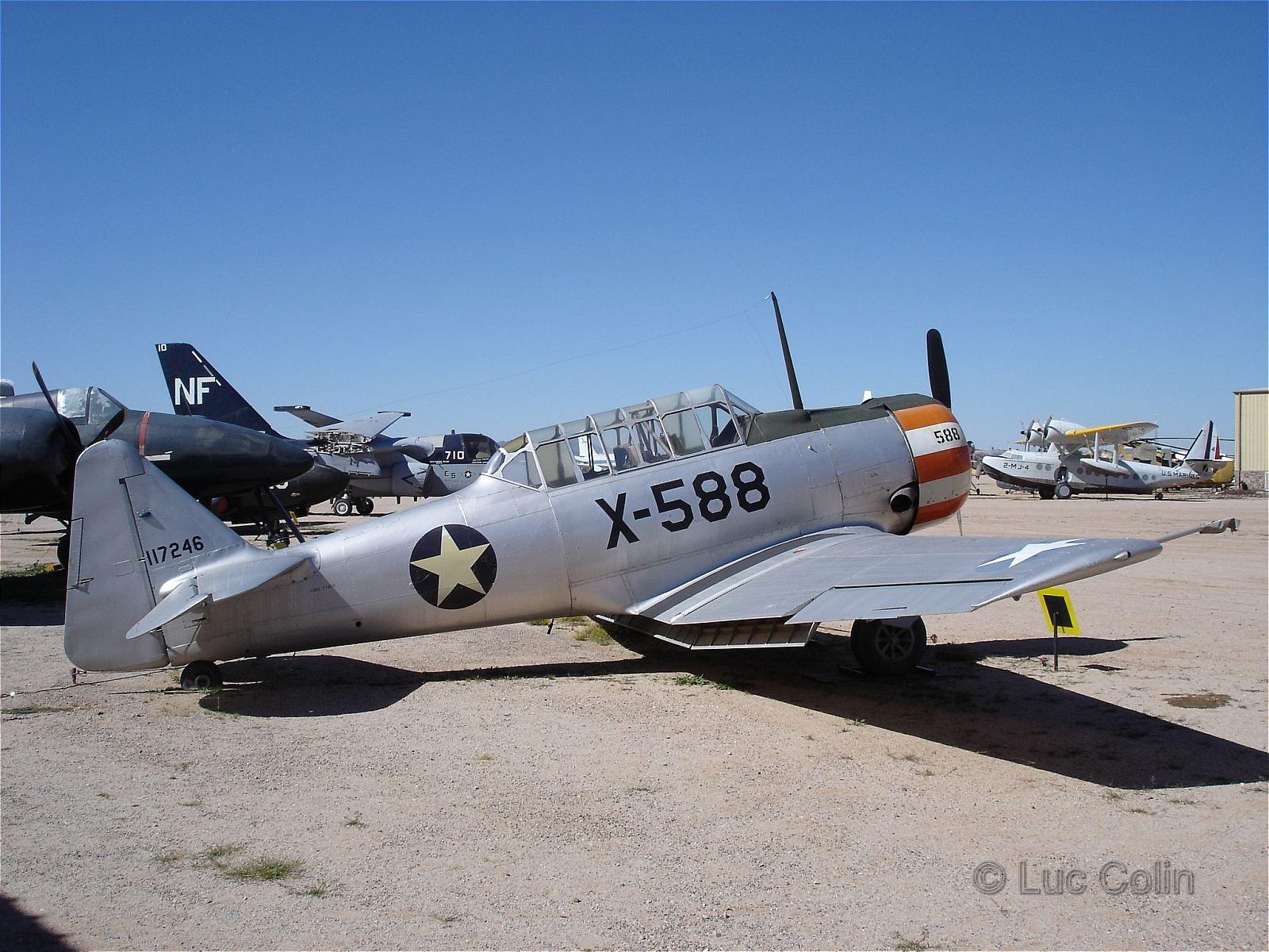 AT-6B Texan ...