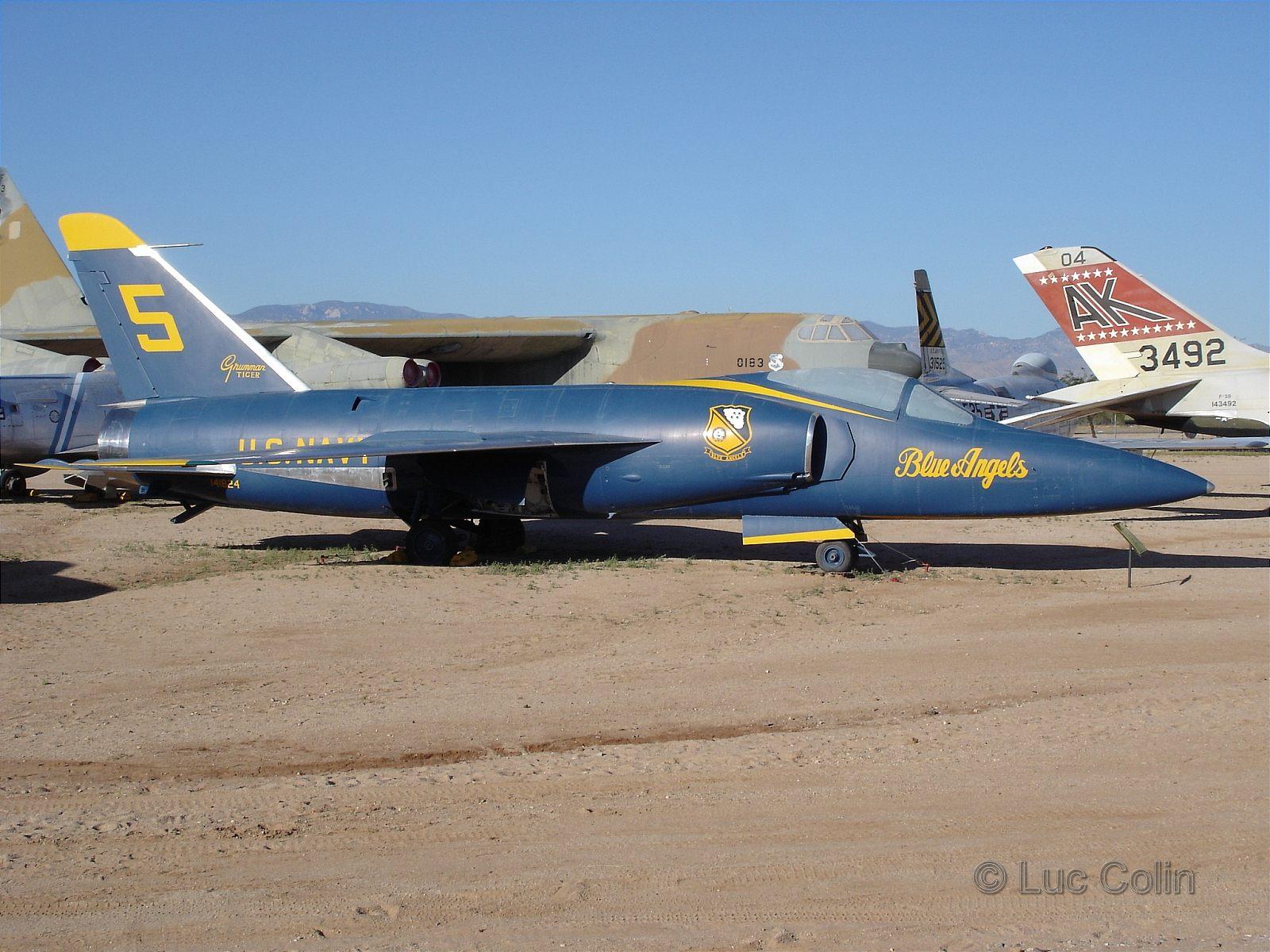 [F] Walkaround - Grumman F11F Super Tiger - Taringa!