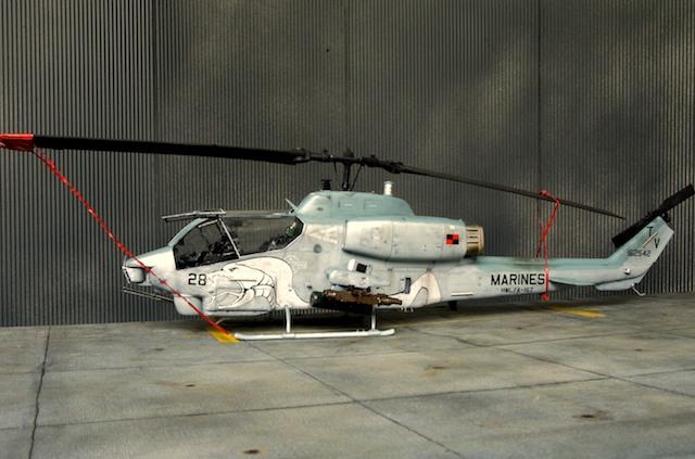 1 35 AH-1W Super Cobra