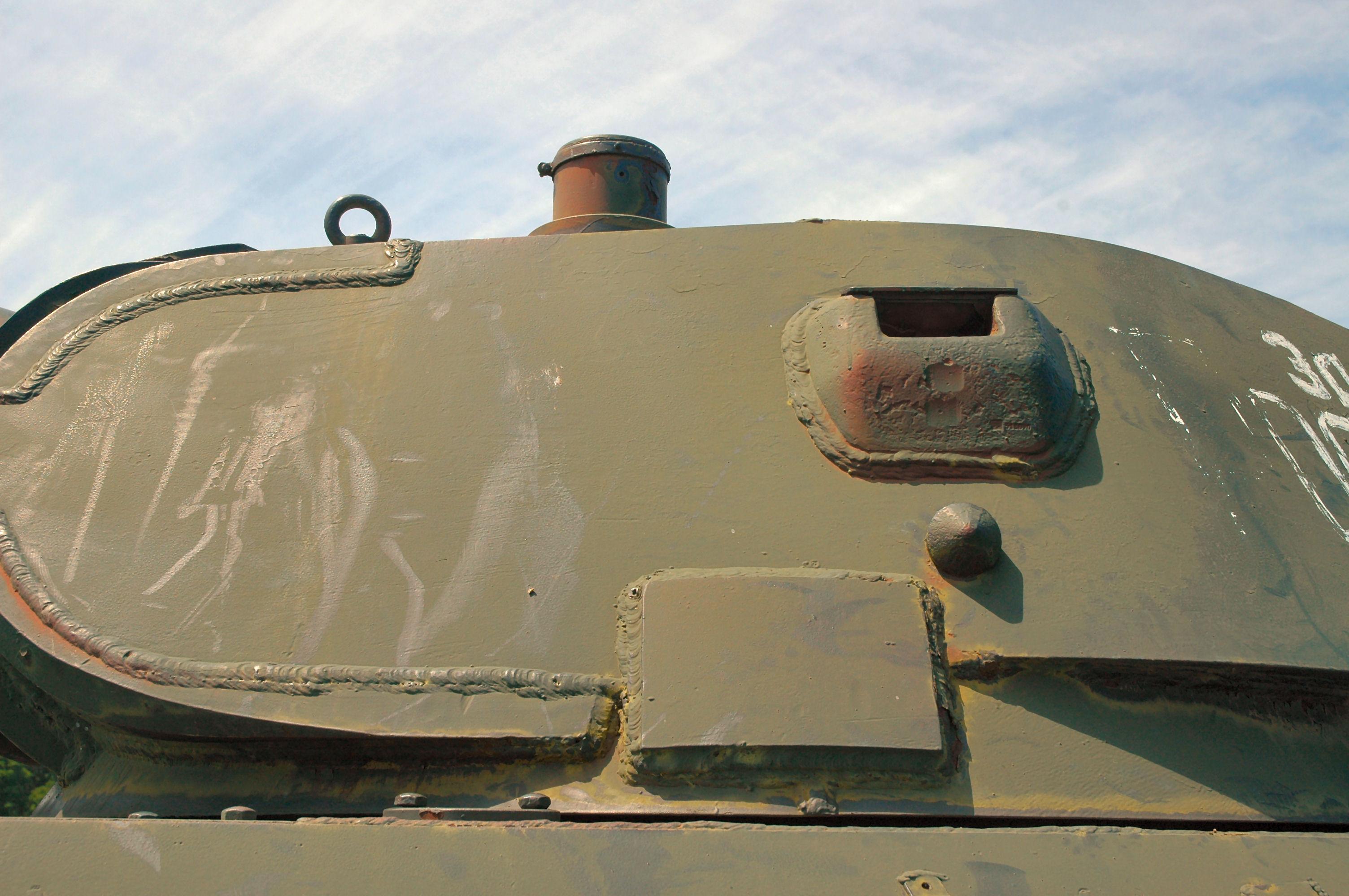t-34_76_1941_005_of_158.jpg
