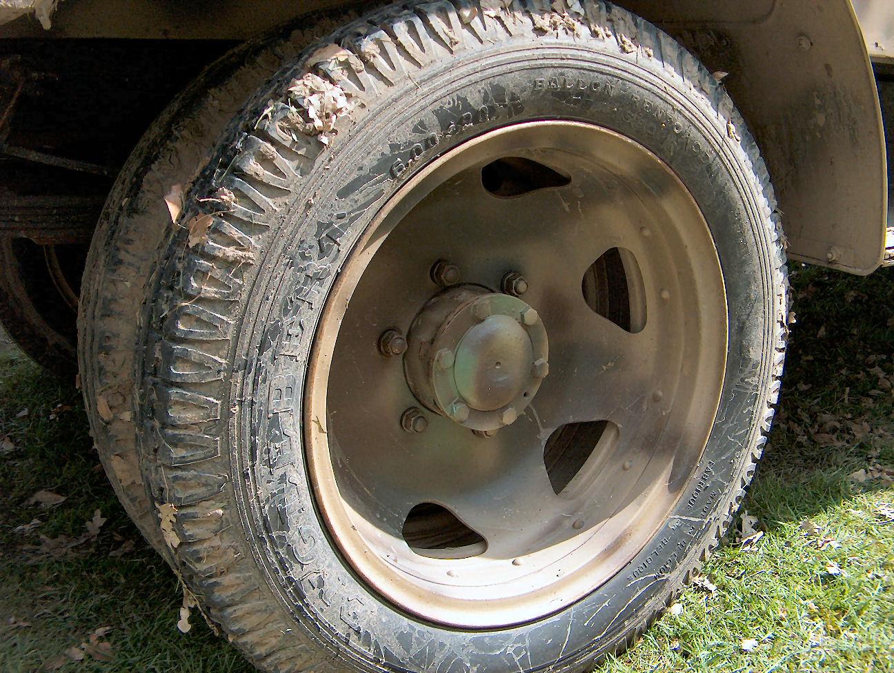 Как сделать спаренные колеса